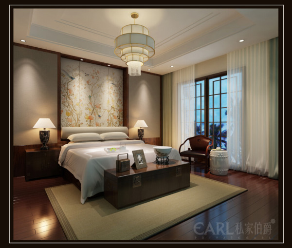 卧室依然是古色古香,窗花、石材、中国水墨画等基本元素被重新组合排列,利用简单的线条构建出丰富的内容,营造出浓郁的东方神韵,看来简单却极富人生的哲理。