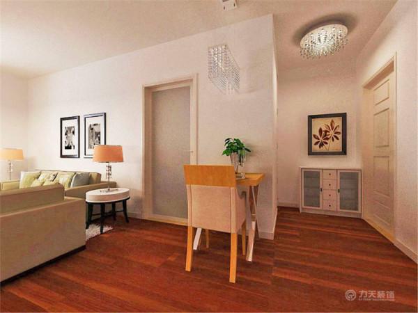 。整个居室的设计,简约却不简单,每个地方都能很好的彰显主人家独到的品味,清新、典雅,时尚温馨,相信它会是最美得港湾。