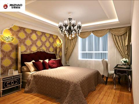华丽的吊灯,精美的家具造型,紫色与黄色相搭配的床头墙,将卧室温馨浪漫的的情调发挥到极致。