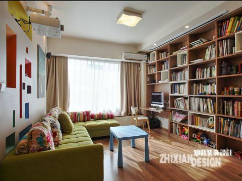 将一面墙都打造为书架,想来是件浪漫的事儿,只要喜欢,就随意抽出一本,细细读来,定也是极好的事。