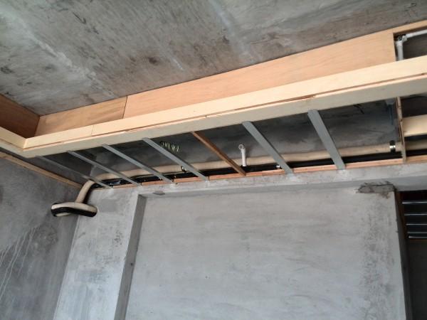 木工,主人房吊天花,风管机铜管及出水管