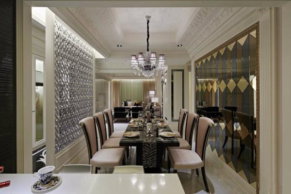 215平巴洛克风格装修设计效果图-餐厅效果图