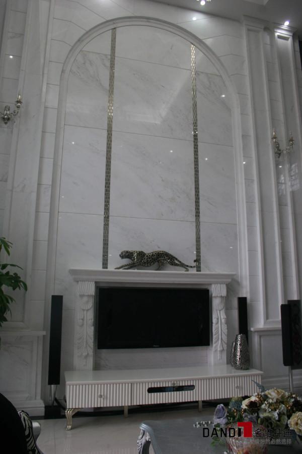 名雕丹迪别墅设计—鸿景园别墅——新古典风格——客厅电视墙