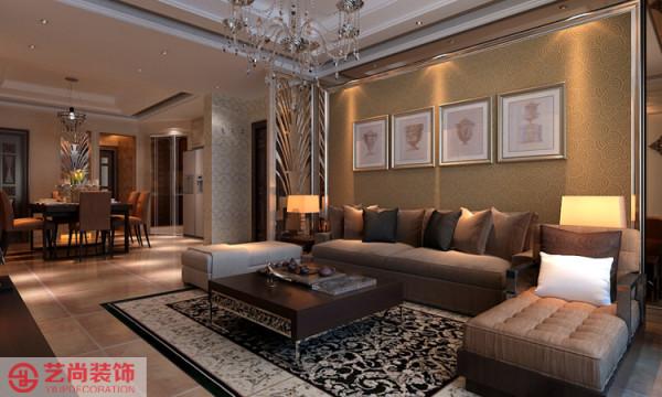 财经学院简欧客厅装修效果图,沙发背景墙采用壁纸和照片形式。