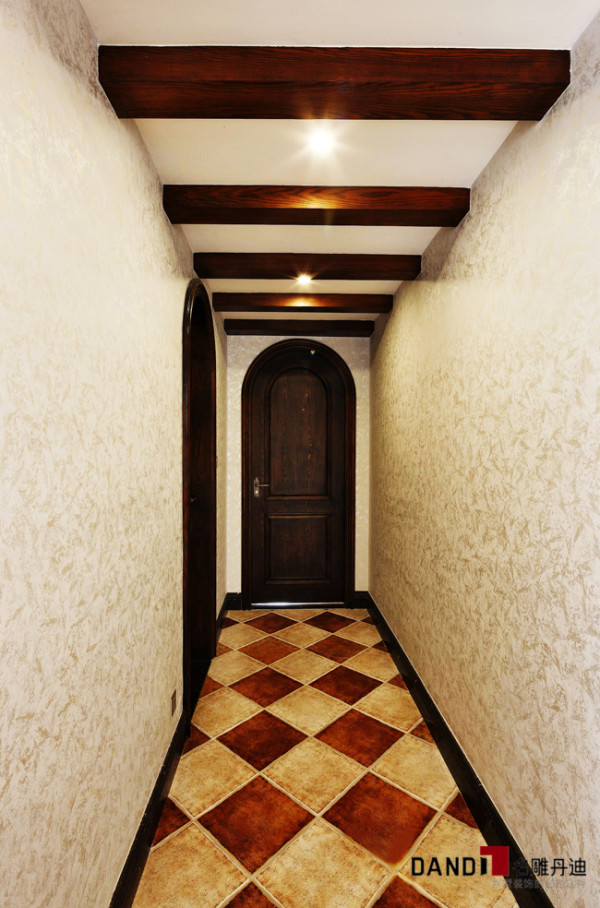 名雕丹迪别墅设计曦城别墅西班牙风格过道