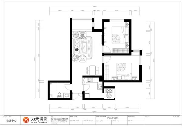 此户型是保利玫瑰湾两室两厅一厨一卫户型,总面积为78㎡,户型布局规整,功能分区合理,入户逆时针我们可以依次看到的是厨房、餐厅、主卧、次卧,然后是带有阳台的阳光客厅。