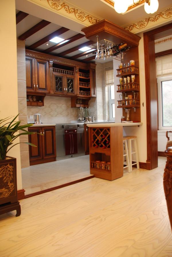欧式三居别墅白领收纳80后小资厨房装修效果图片 装修美图 新浪装修高清图片