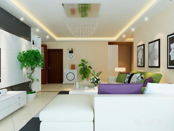 电视背景墙是黑镜搭配石膏板做的造型,简洁轻快,符合整个家居空间的风格。