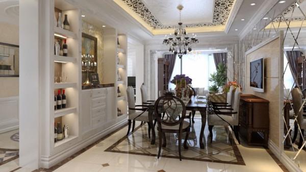 典型的古典欧式风格,以华丽的装饰、浓烈的色彩、精美的造型达到 雍容华贵的装饰效果。