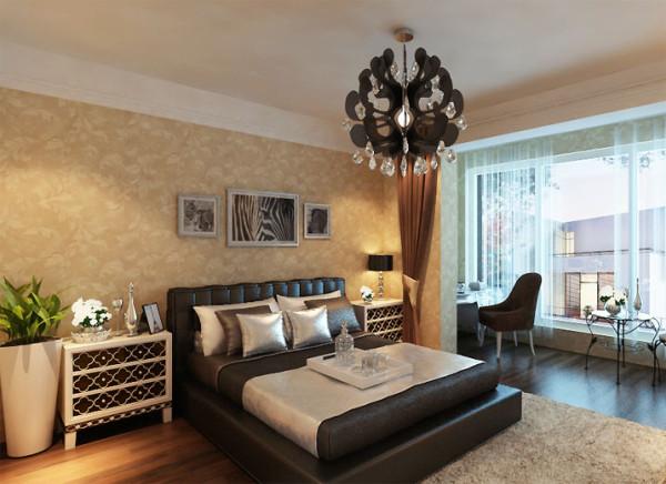 设计理念:暖黄色具有温馨舒适的家具特点,使空间更有卧室的功能特点。 亮点:皮艺床头背景搭配简约造型的床头柜和电视柜让整个空间非常有质感。