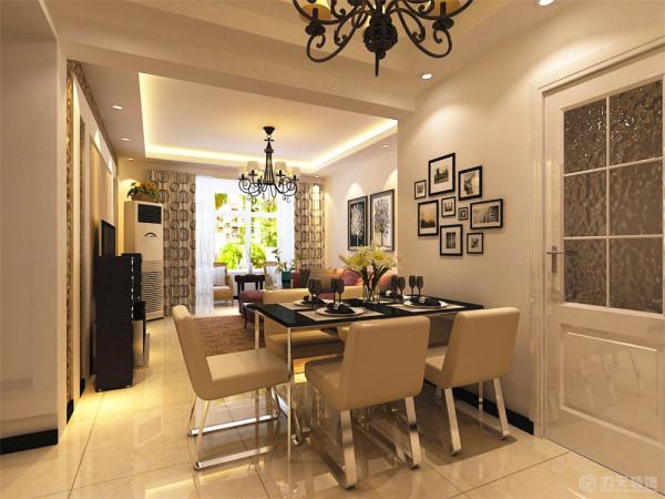 厨房门位置的开设不利于餐桌的摆放,在后期的拆改图中会体现墙体的新砌部分,这样的房型结构会更便于设计,空间感强,整齐规整。