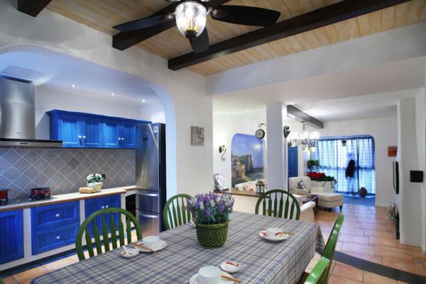 130㎡温情地中海三居,浪漫情怀由心开始,餐厅,开放式厨房,蓝色厨房。
