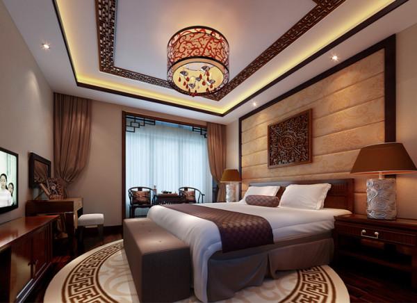 浓重的中式风格元素与空间完美的结合,舒适与现代的软包床头背景,让房间更温馨,独具味道。