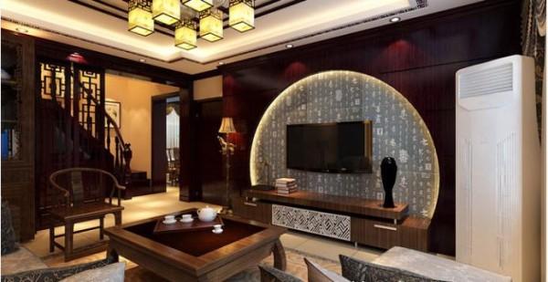 纯木质半月亮型电视背景墙造型很大胆、同时也很有中式风韵。电视下面的实木柜子做的白色花纹也很漂亮、时尚。卧室也是整个设计中的一处亮点,优雅、稳重、大气。