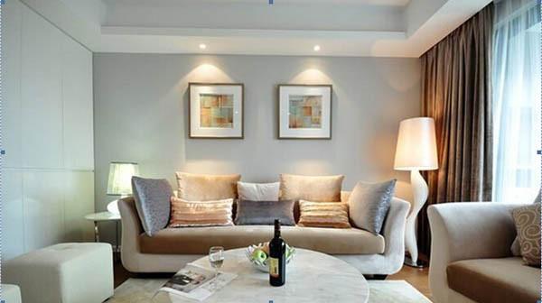 """5、确定基调颜色   基调颜色即""""家庭中应用面积最大""""的颜色,确定好基调颜色之后家居的大体色彩风格就出来了,一般的选择顺序是地面—>墙面—>顶棚—>大窗帘;地面适宜低亮;顶棚适宜高亮;墙面则采取过度色。"""