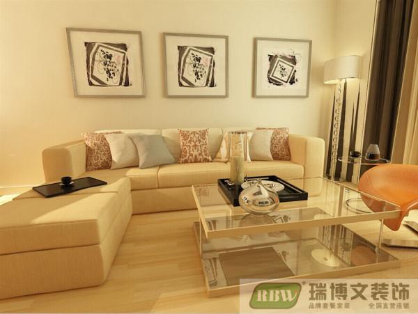 整个墙面选用白色墙漆,低调奢华而不过于张扬。