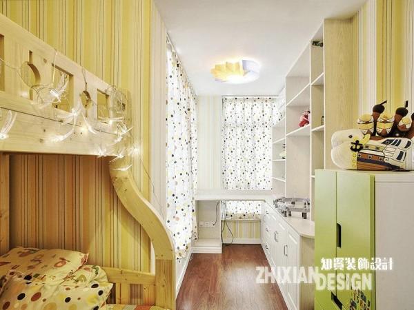 儿童房的设计充满童趣,睡眠、学习、储物等多种功能叠加,高效的功能组合和完美的光线设计之下,毫不见拥堵之感。