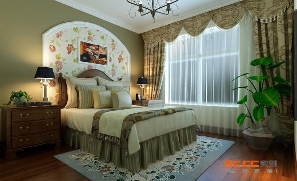 用暖色墙漆和拼花的壁纸形成的床头背景墙,体现出乡村的自然和安逸。带有花图案的地毯与背景墙相互呼应,使整个居室体现出自然与舒适的生活。