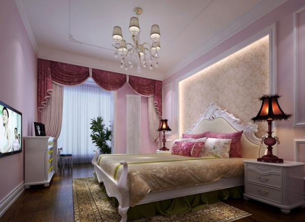 女孩子的房间,总是充满了梦幻的感觉,设计师采用了粉色系列的手法,靠枕,和窗帘,墙面的处理。都是用粉色来做主题,从而更突出女孩子梦幻的空间,家具运用了白色系,和墙面形成有层次的对比