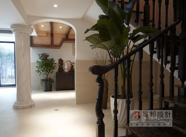 美式 欧式 奥邦装饰 韦捷铭作品 楼梯图片来自上海奥邦装饰在金地格林