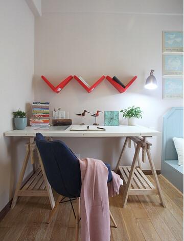 特别喜欢儿童房这个桌子,很有设计感原木书桌