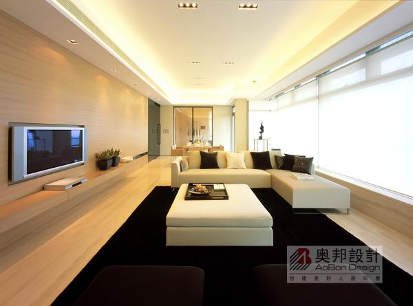 在功能方面,客厅是主任品味的象征,体现了主人品格,地位, 也是交友娱乐的场合。