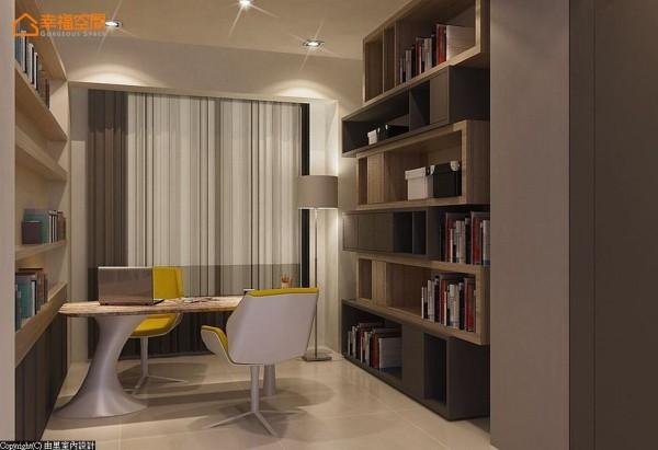 贴合屋主的阅读习惯,以造型利落的收纳机能为主,于主卧及次卧间规划书房段落。 (此为3D合成示意图)
