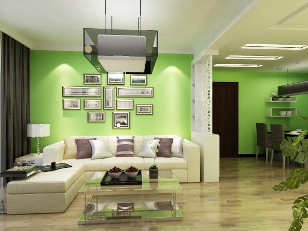 沙发墙挂画显得温馨、大方,生活气息浓重。