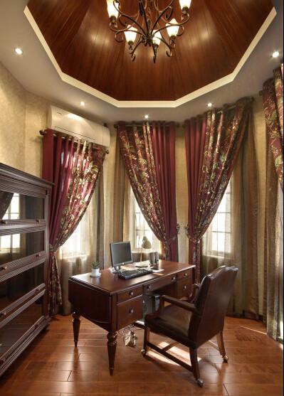 书桌 窗帘