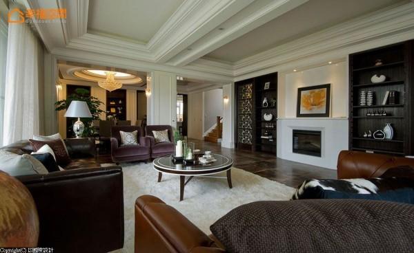 壁炉、线板等经典元素,IS国际设计以现代风情的美式风格贯穿。