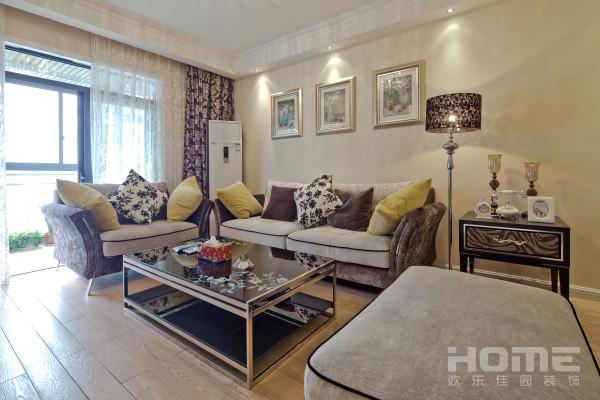 低调深色家具,彰显业主品质。