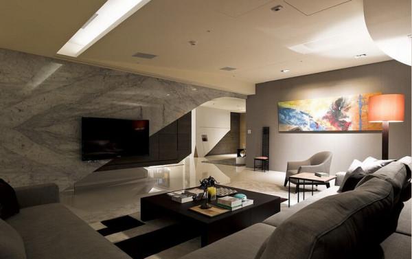 开放场域将人文气质景况融入,设计师把屋主的收藏一一分类、测量其尺度大小,摆放于最适合的位置,也让空间比例也更加协调。