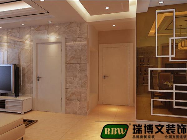 色漆茶镜,地砖都采用暖色使家更加温馨舒适,宜于居住。整体面和线的搭配使空间层次分明简约大气。