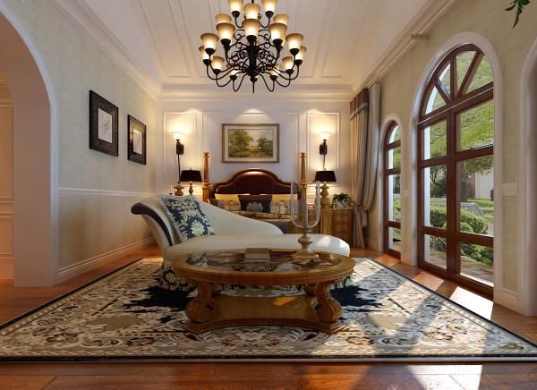 设计理念:为主人公营造高品质的私人生活空间。 亮点:主卧的平面布局十分贴近生活,精致且实用。顶面的原木有序排列,仿小木屋顶的设计,增添了几分朴实,与室外的风景遥相呼应,一切看起来是那么的自然.