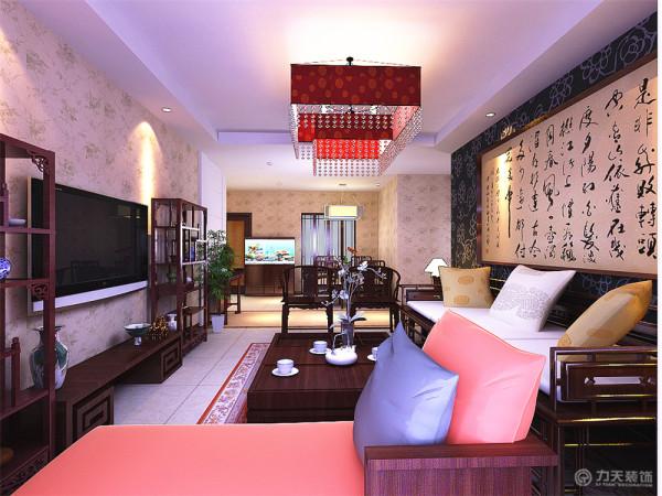 体现简约和实用,又富有朝气的生活气息。本方案吊顶,显得空间更有层次。家具需要完美的软装配合,才能显示出美感。如沙发靠垫,窗帘和餐桌的餐布等。