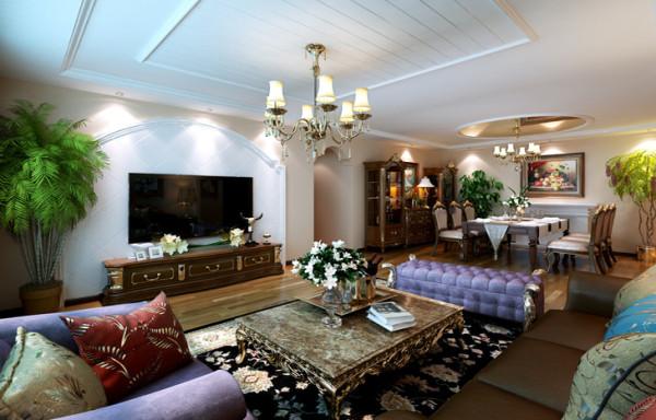 客厅顶部用石膏板离缝做出桑拿板的效果,过道垭口上半部做成圆弧形,并在两侧竖起两根豪华的罗马柱,增加奢华感。