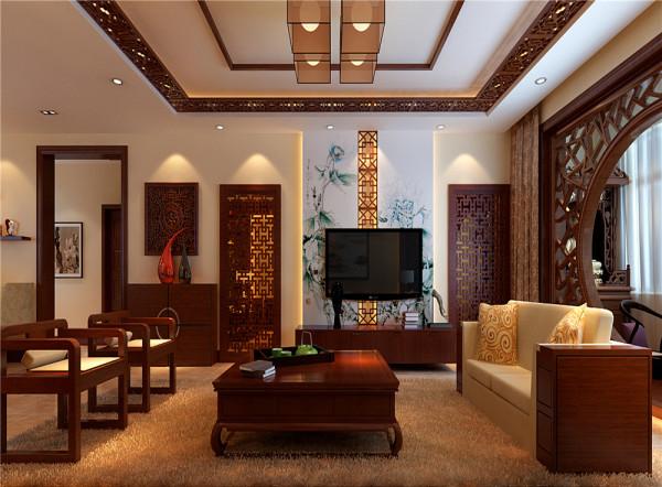 中国风与清新典雅相结合不失沉稳。  亮点:清新优雅的背板加上中式元素的木雕刻时尚大气而不脱俗,电视墙旁定制隐形门使得整面墙对称统一。