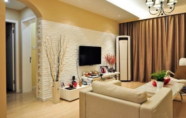 这套房子设计师最自豪的就是电视墙的文化石,户型不大的业主可以参考一下。