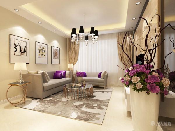 客厅沙发背景墙采用挂画,电视墙采用石材拉缝,后面黑色玻璃做衬托。既体现业主的品味,又不缺乏现代简约感的风格。