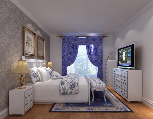 原有老三居没有客厅,就餐区太小,冰箱没地方放,希望有一个独立的客厅区,面积不大,需要合理利用空间。