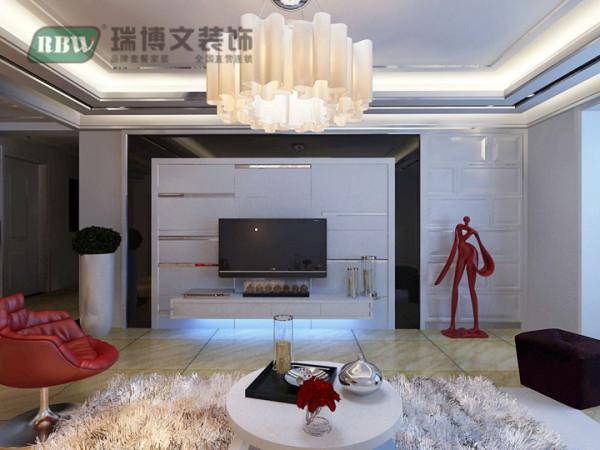 电视背景墙采用石膏板与茶镜相结合的方法,样式比较新颖。客厅的吊顶比较复杂,但是杂而不乱,层次感鲜明。