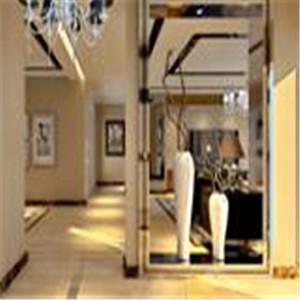 玄关处设计,是设计亮点之一,空间透视感强的造型设计,很有艺术气息