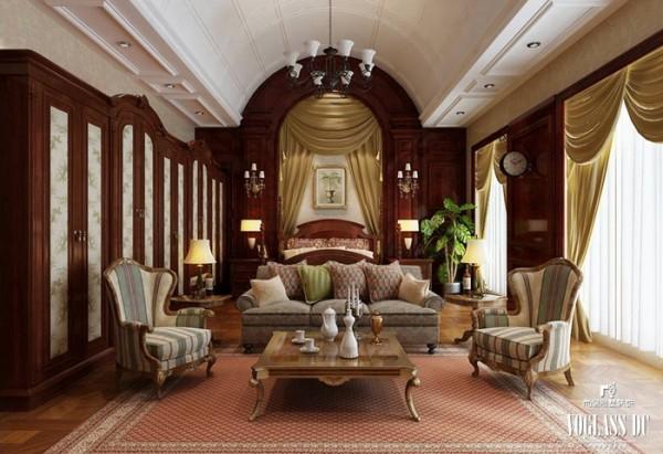 室内墙面粉刷,爱用嫩绿、粉红、玫瑰红等鲜艳的浅色调,线脚大多用金色。室内护壁板有时用木板,有时作成精致的框格,框内四周有一圈花边,中间常衬以浅色东方织锦。