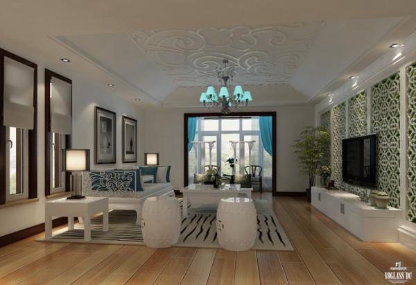 二层客厅艺术品呈现的是艺术与品味,通过增加中式主题的电视背景墙、荧光蓝色吊灯、中式磁凳丰富空间内涵,增添生活与艺术氛围;祥云吊顶与沙发图案相呼应,增加了较多的古朴气质。