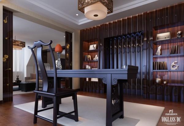 这个别墅装修案例中,设计师考虑到男主人大部分的时间都在书房,从陈列到规划、从色调到材质都体现出雅静的特征