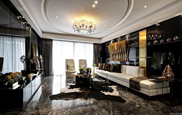 黑白两色的大理石地面相互映衬,再加上家具和软饰的和谐统一,使的整个空间时尚简约但又不失奢华。本案中,设计师十分注重细部的处理及创新设计;