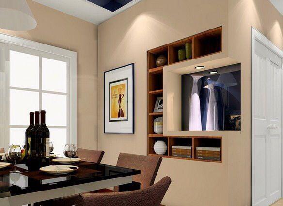 小餐厅的墙面怎样才不单调?内嵌式的装饰柜别有一番情调。