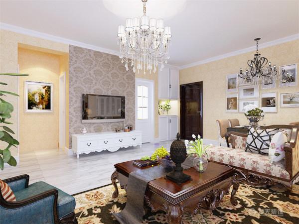 独特的搭配使家具倍感时尚,具有舒适与美观并存的享受。以欧式各种造型营造出前卫时尚的感觉。一切功能出发,讲究造型比例适度、空间结构图明确美观,强调外观的明快、简洁。