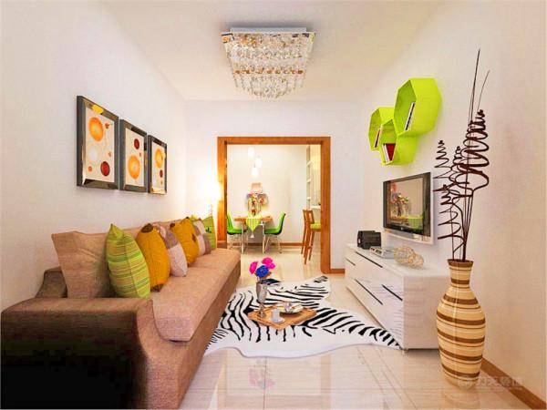 风格定位为现代简约,因为是二手房改造,业主不希望造价过高,室内没有任何造型,墙面刷白色乳胶漆,因此室内的装饰部分和家具选择很重要。