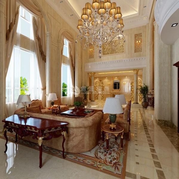 欧式风格强调以华丽的装饰、浓烈的色彩、精美的造型达到雍容华贵的装饰效果。客厅用家具和软装饰来营造整体效果。